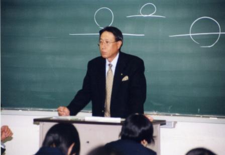 桑原さんの授業の様子