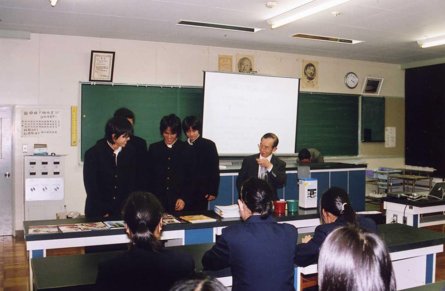鈴木さんの授業の様子